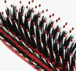 Hair brushes with tips and bristles